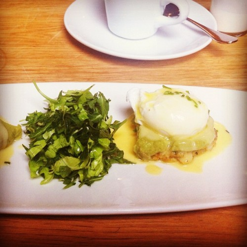 poached egg(s) + guacamole on a crab cake w old bay hollandaise (Taken with Instagram at Strong Place)