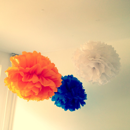 More pompoms! Now my new room looks a lot more colourful…