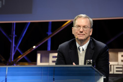 thisistheverge:  Google's Eric Schmidt: 'We always wanted to be in the hardware business'