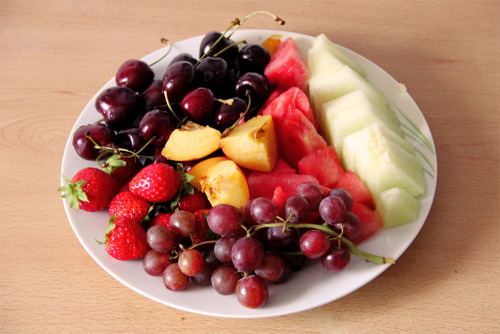 gaintheirjealousy:  Words cannot express how much I love fruits.