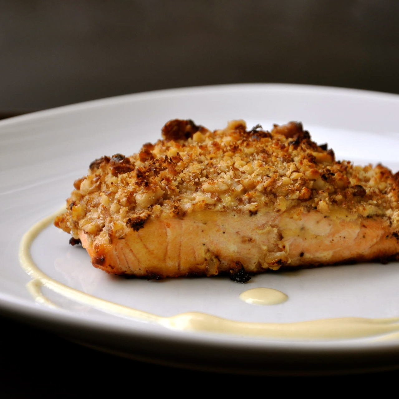 FoodShot #36: Salmon with walnut crust Target: Lose Weight Preparation time: 25 minutes Serving: 431 g Calories: 423  Protein: 26 g Fat: 15,8 g Carbohydrates: 44,9 g Get The Recipe Visit Daybite.com to get the right portion size tailored to you.
