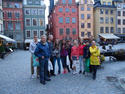 This is the wonderful group who I got to spend time with in Stockholm. From left to right they are: Númi, Dóri, Baldur, Diljá, Me, Kolbrún, Þorbjörg (goofing off), Hanna, Jakob, Christian, and Helena (we´re missing Eva who is taking the picture). Baldur, Kolbrún, Númi and Diljá are a family from Iceland, Dóri, Helena and Þorbjörg are my family from Iceland, and Christian, Eva, Hanna and Jakob are my family from Sweden.