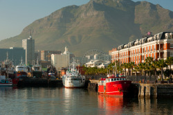 Cape Grace hotel seen from V&A Waterfront. Devils peak in the background