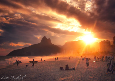 magneticmotion:  Relaxing in Rio II by ^IsacGoulart