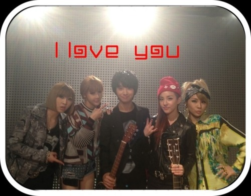 "[me2DAY] 120714 DARA: ""2NE1! Met with guitar prodigy Sungha Jung ( @jungsungha ) !"" Last spoiler~!!! 2NE1! Met with guitar prodigy Sungha Jung!!! Last year, when I saw his Lonely guitar video, it was already crazy(good)~ but to see it live!!! It was even better seeing it live!ㅠ.ㅠ Touched~ What else are we going to show you this time around…!?! Sungha Jung + 2NE1.. will be released soon^___^ Please anticipate it! TAGS: Please note that I did not play the guitar.. I'll work '90 000 000 000 010 000′ times harder keke Source: Dara's me2dayTranslated by nyldeabcd@YGLadies.com"