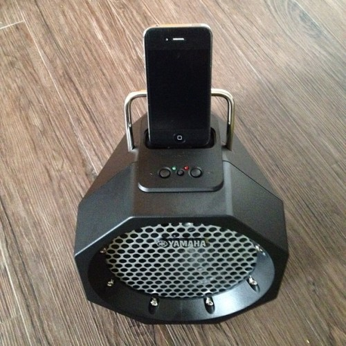 My new #yamaha #iphone / #ipod #dockingstation! Just listen to the #music! (Wurde mit Instagram aufgenommen)