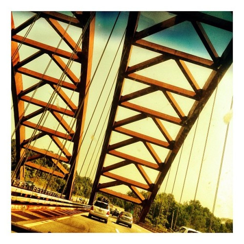 #vintagebridge #iphoneart #iphone #iphonephotography #warm #nyc #newyork  (Taken with Instagram)
