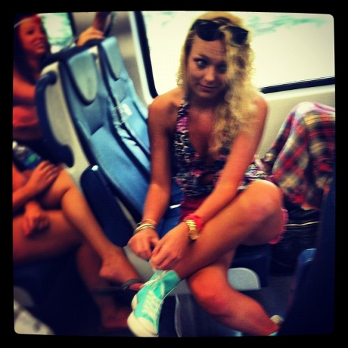 😏 @merbare #laced #converse #hightops #train #nj #bestfriend #enroute #nyc #outhere #instablone  (Taken with Instagram at Newark Liberty International Airport (EWR))