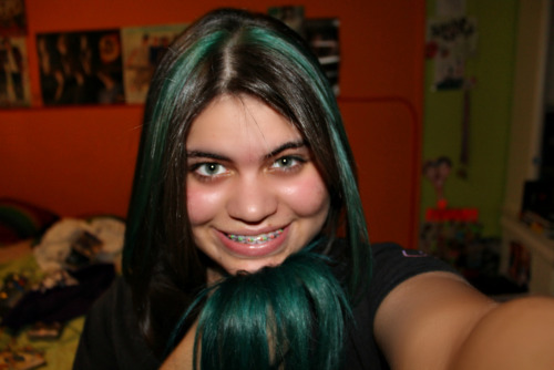 tr0mb:  Blue hair, don't care.