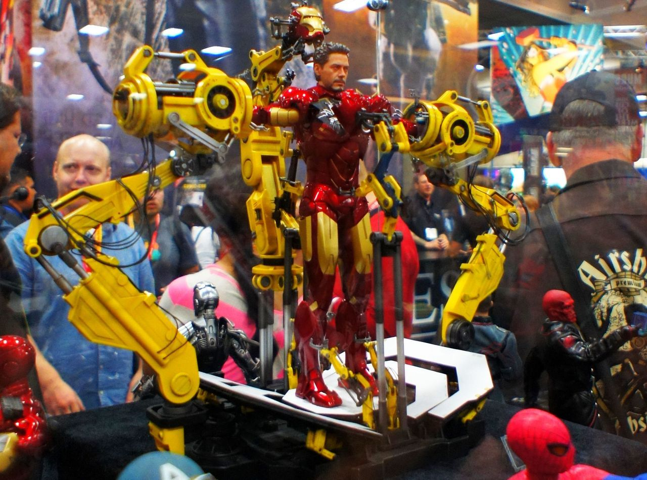 New Tony Stark/Iron Man piece from Sideshow Collectibles!