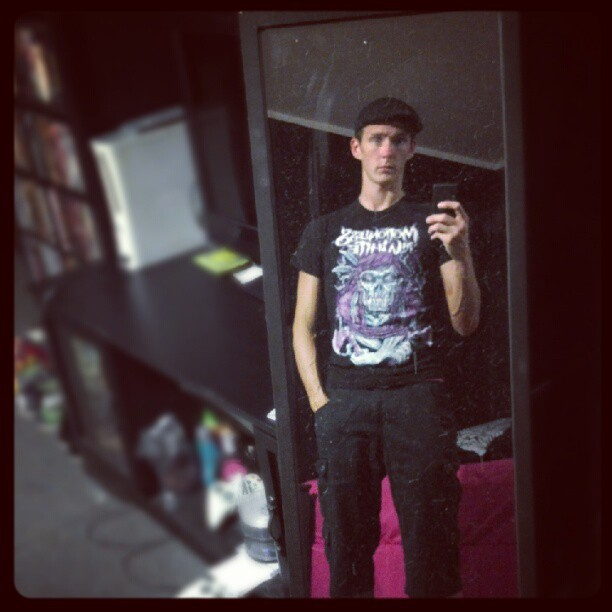 #hookahnight ???? Maybe. #motionlessinwhite #bandshirt #black #converse #me #mirror  (Taken with Instagram)