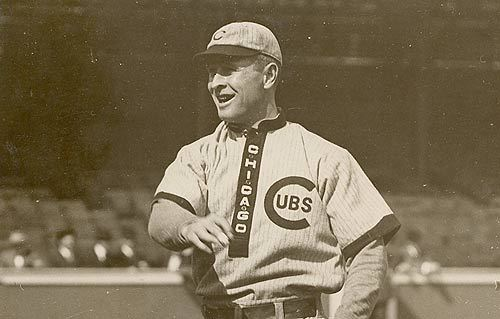 "The Chicago Cubs of 1909 abandoned full-collared jerseys in favor of uniforms featuring ""military"" or ""standing"" collars."