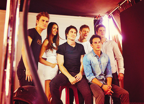 fuckyeahstefanelena:  TVD CAST | TV Guide Magazine @ Comic-Con 2012
