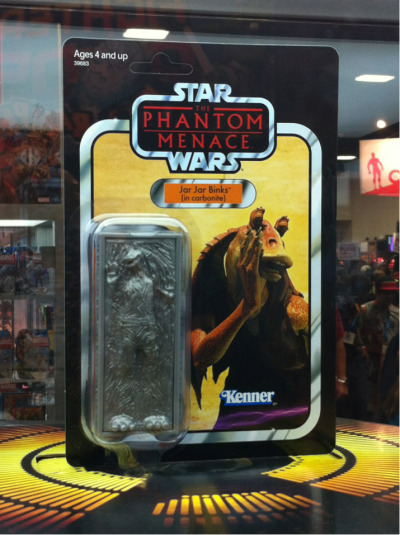 "notionblur:  ""Meesa frozen!"" - Actual Hasbro Jar Jar figure in carbonite"