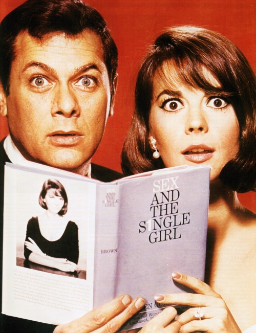 Tony Curtis and Natalie Wood in 'Sex and the Single Girl', 1964.