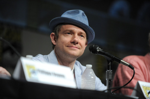 "angedenken:  Martin Freeman speaks at the ""The Hobbit: An Unexpected Journey"" panel 2012 Comic Con on Saturday, July 14, 2012 in San Diego, Calif"