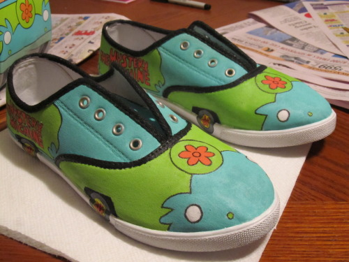 zoeykhaos:  I WANT THESE <3 I Grew Up With ScoobyDoo :)
