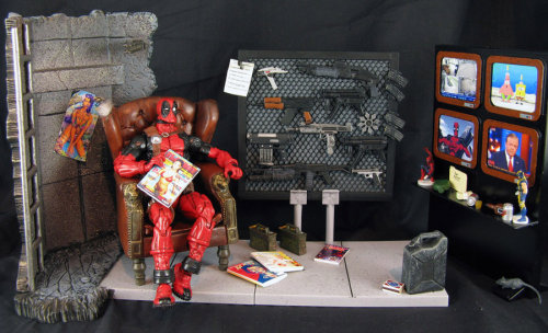 Deadpool's Mercenary Pad // diorama by John Mallamas (2012)