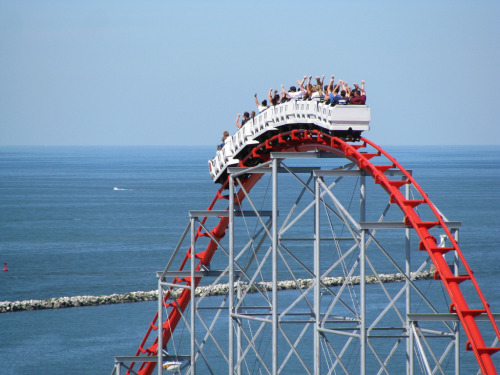 I LOVE THIS RIDE CANT WAIT TO GO ONLY EIGHT MORE DAYS !