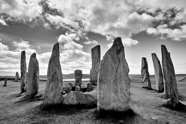 Callanish Stones - bw on Flickr.© Regina Hoer
