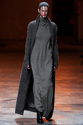 demure greys for the silent sisters, Rick owens