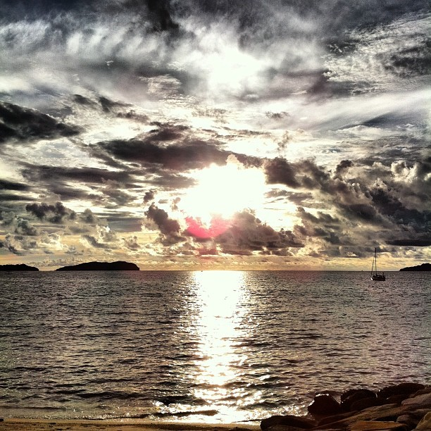 Pretty amazing Malaysian Sunset.  (Taken with Instagram)
