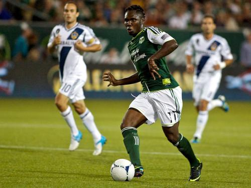 Kalif Alhassan of the Portland Timbers playing in the new Nike Vapor VIII colourway Seaweed/Yellow.