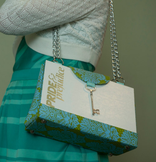 amandaonwriting:  Pride and Prejudice Book Purse with Key