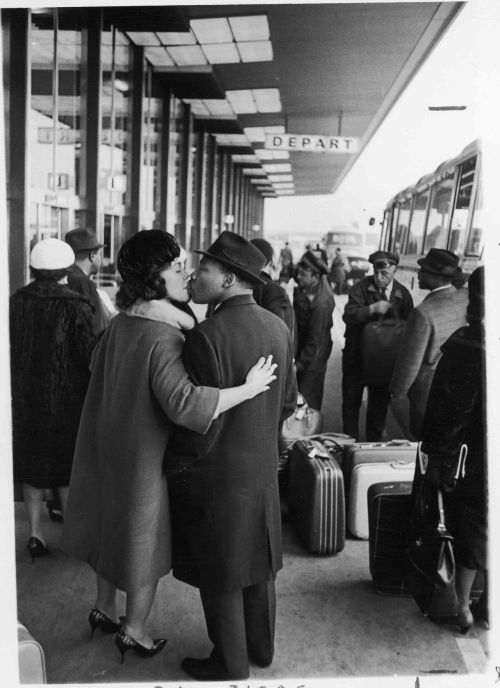 collective-history:  Dr. and Mrs. King share a kiss as he departs for a 1965 trip, by Moneta Sleet Jr