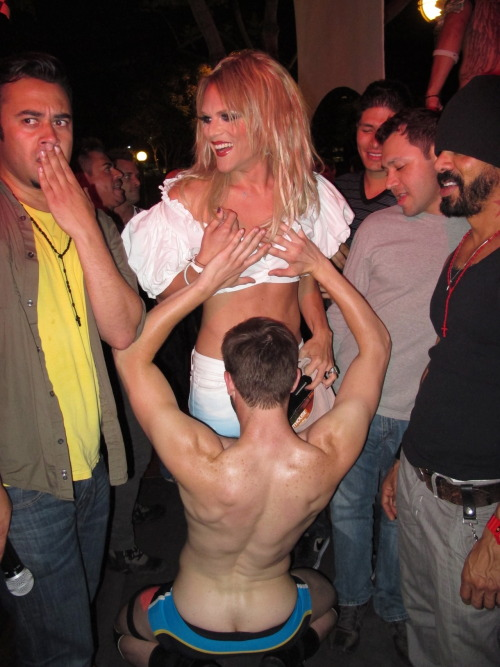 wehonights:  RuPaul Drag Race alumni Willam Belli enjoying some of the comforts that West Hollywood has to offer