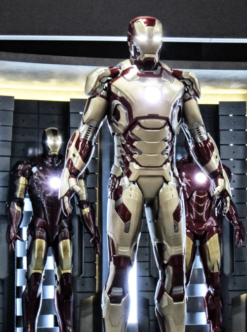 The new Mark VIII Suit (Iron Man 3)
