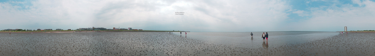 Northfrisian Waddensea Nice Panorama of the Northfrisian Waddensea in Büsum, Germany. Panorama stitched with Hugin. Panasonic Lumix LX31/1000s ISO 80 f/5 Büsum, Germany Flickr - Twitter - Facebook - Google+ - Posterous - 500px Copyright © BorisJ Photography - Boris Jusseit - all rights reserved - please do not use this image on any media without my permission.