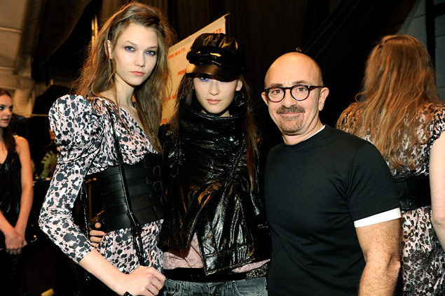 m-odelsbackstage:  Karlie Kloss with Hye Park and Wichy Hassan at Miss Sixty, February 2009.