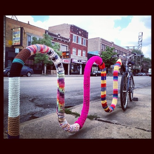 One of the reasons I love #logansquare. #knit #bike #bikerack #chicago #allenwashere #igerschicago  (Taken with Instagram at Logan Square)