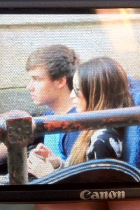 liampayneismyspirit-animal:  Liam and Danielle in Venice today