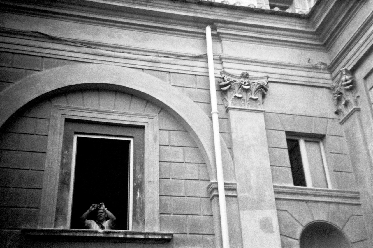 Tourist.  Rome, Italy Holga 35mm