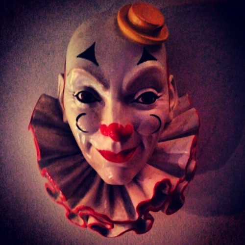 Clown. #photography #photo #photooftheday #image #imagery #picture #pictureoftheday #simple #simplistic #minimal #minimalistic #instagram #instamood #instafamous #instaaddict #instahub #instagramhub #iphonesia #android #clown #circuis #fun #face (Taken with Instagram)