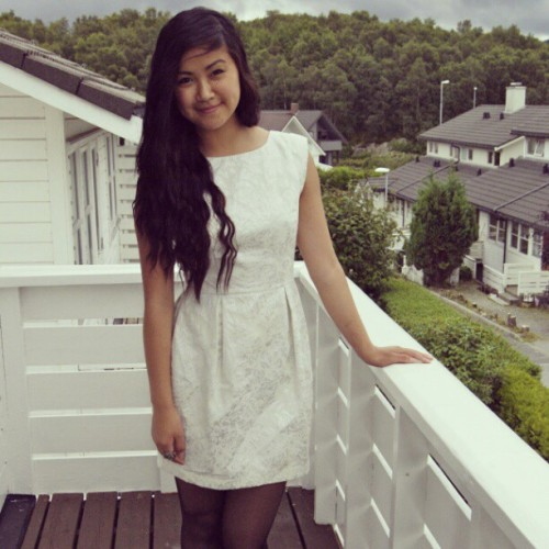 #me #white #dress #girl  (Taken with Instagram)