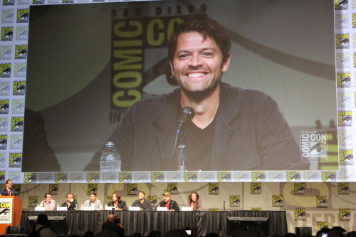 mostly10:  YOU ARE NOT ALLOWED SMILE CRINKLES ON YOUR NOSE MISHA THEY WILL BE THE END OF ME