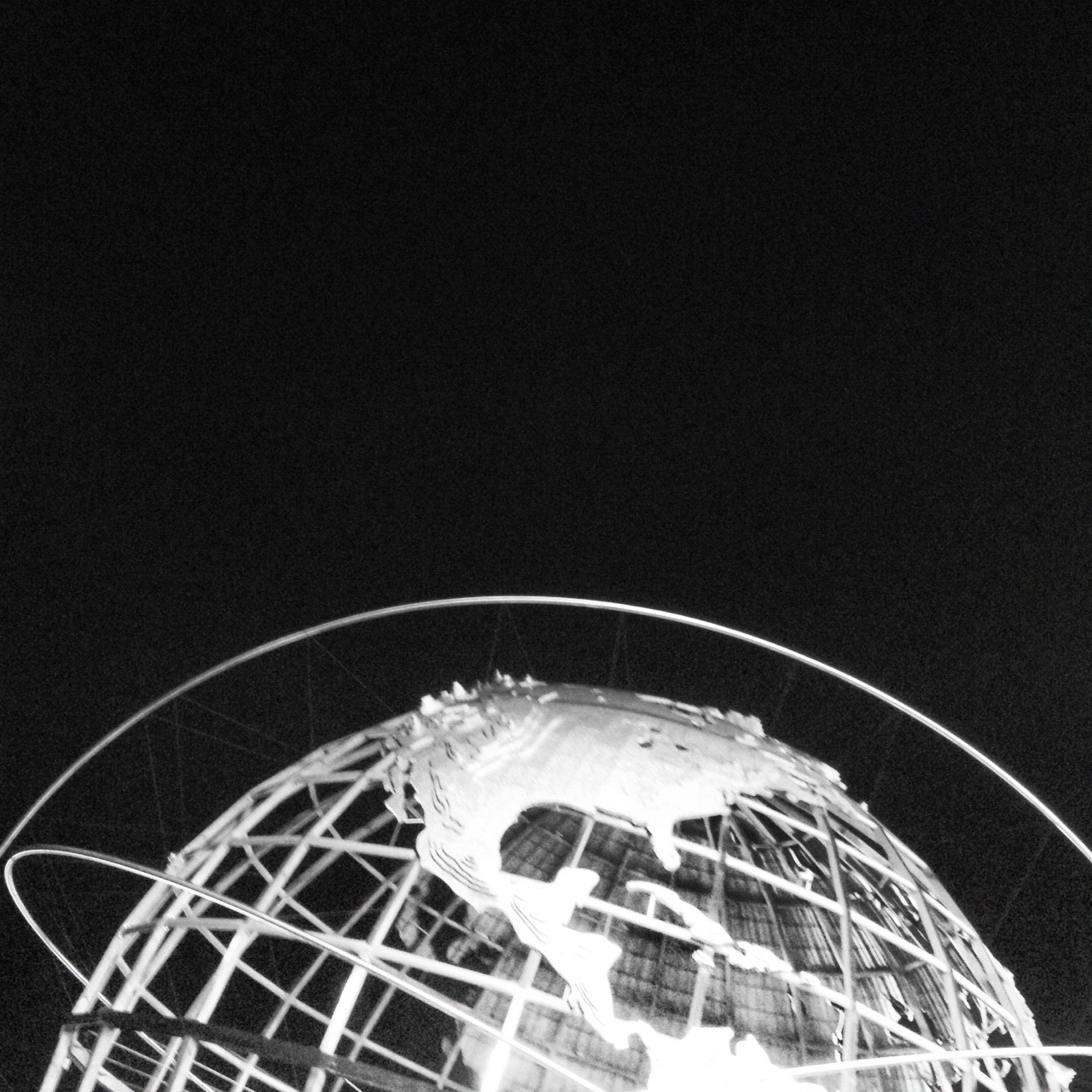 It's Yours / The Unisphere of Flushing Meadows-Corona Park / Queens, NY / 06.21.12 / 10:16PM