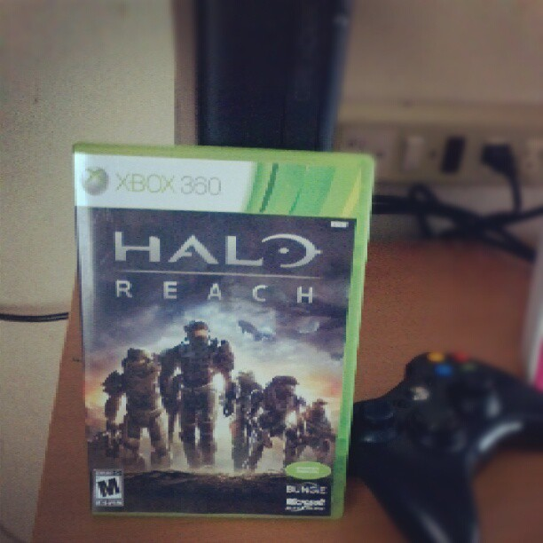 After 6 monts….. #halo #reach is finally finished…. friken work… u take all my time haha lol #videogame #xbox #xbox360 #kokusho (tomada con Instagram en La Gran Esquina)