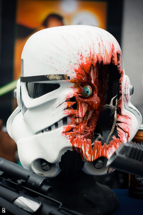 thegeekcritique:  brain-food:  Realistic Battle Damaged Stormtrooper Helmet Made by Rizwane  Shawn writes: The Empire never shows you this in the recruitment videos!   These helmets are really just for show. They offer no protection whatsoever. But look how cool they look!