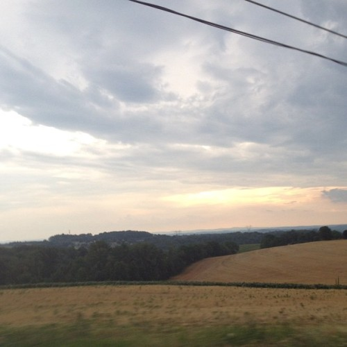 I love the drive to your house. #farm #land #sky #pretty #clouds #skyporn #nofilter  (Taken with Instagram)