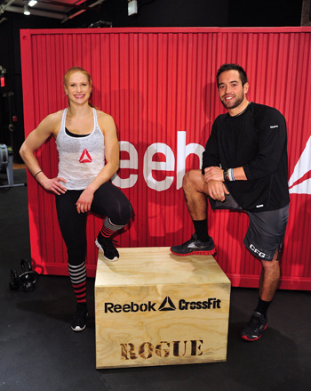 zyjmocno:  Annie Thorisdottir i Rich Froning. Oboje obronili swoje tytuły sprzed roku wygrywając CrossFit Games 2012. Niesamowite.   Congratulations to the champions! And enjoy while you can, because I'm coming.