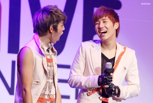 120714 Give Concert [ © neonsign ]Do not edit. Do not remove watermark.
