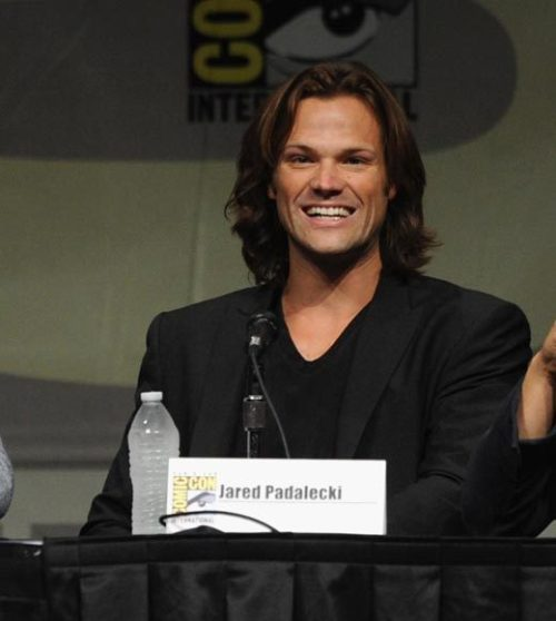 Jared Padalecki on Supernatural panel at Comic-Con 2012 Looks like he was styled for a music video, doesn't he? He was, on Saturday. Photo from zap2it.com