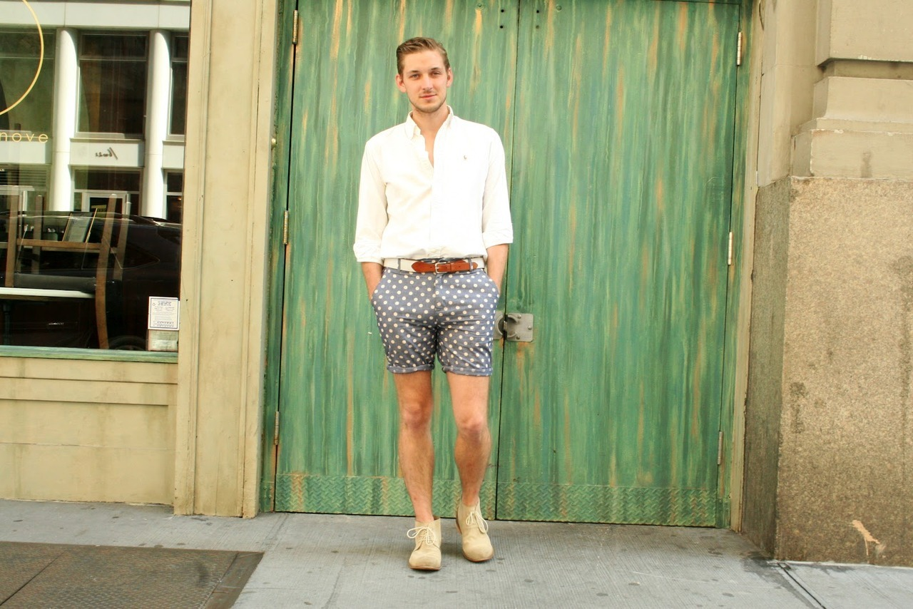 bluebroguesandrosetintedglasses:  Landon Miller of Fashion Goggled online blog.