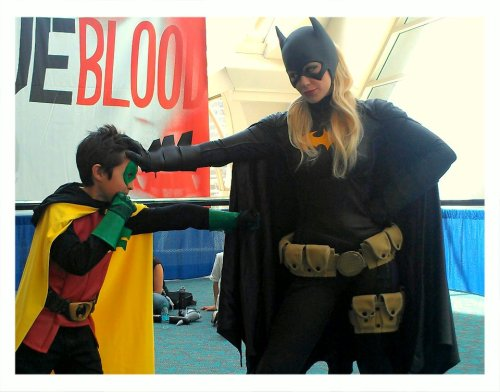 gabzilla-z:  unharbinger:  This photo is the actual best. From the Batgirl: Spoiled Facebook page.  perfection
