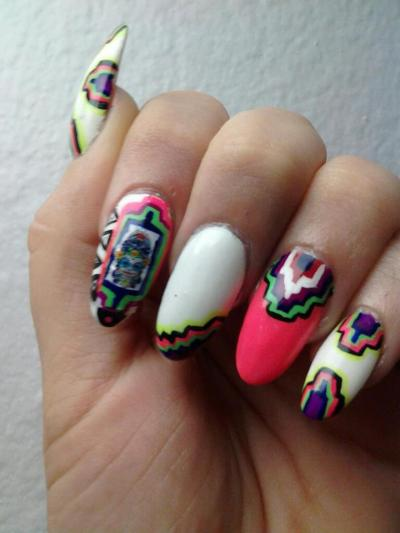 Aztec Inspired by one of my fav nail artist candy paint!
