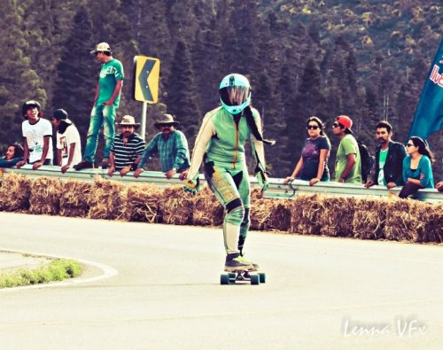 (via Longboard Fest 2012) Ayumi Oride and her epic braid!